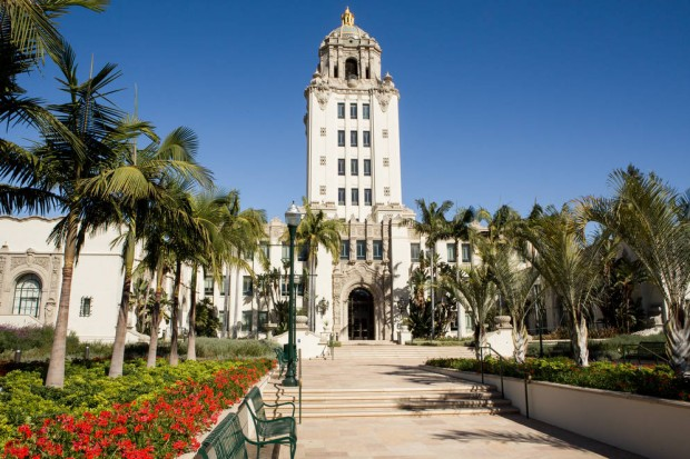 0_4200_0_2800_one_beverly-hills-city-hall-devon0512