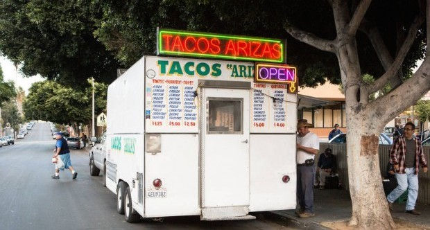 0_4200_0_2800_one_tacos-arizas-food-truck-devon0318-620x413