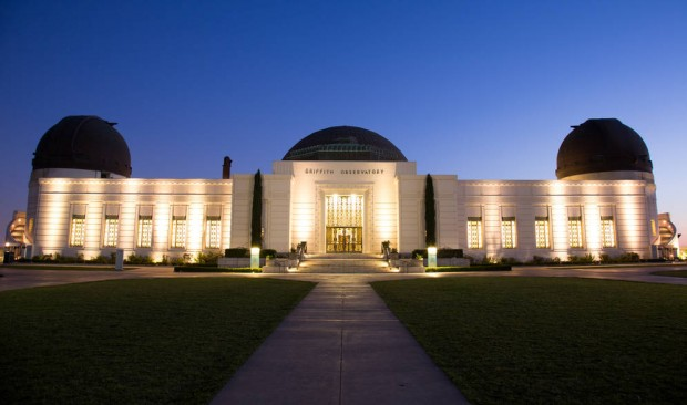 0_4200_318_2800_one_griffith-observatory-nighttime-illuminated-bohler0270