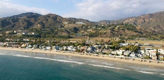 pacific-coast-in-malibu-california-photo_1352540-770tall