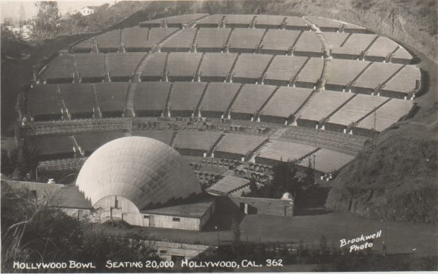 hollywood-bowl-black-and-white