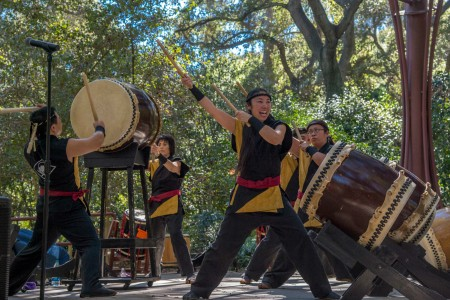 taiko-drummers-450x300