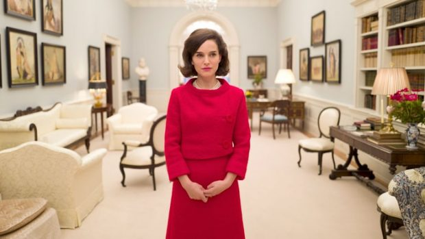 jackie-movie-review-travers-80adf517-a98e-4717-bb24-8475014f03aa