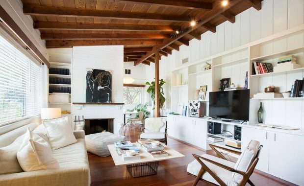 Mid Century Post Beam Mountain Retreat The Hollywood Home
