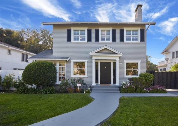 Picturesque Mid Wilshire Traditional 4 Bedroom Home 821 Westchester Place The Hollywood Home