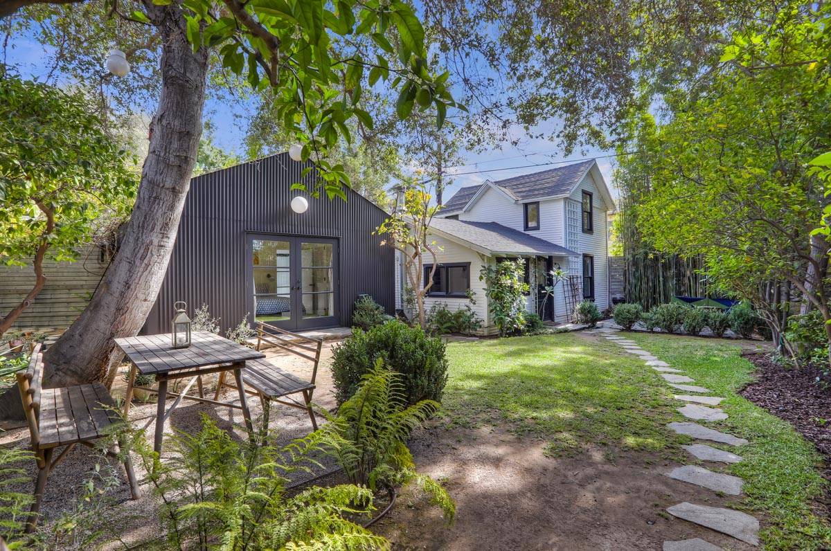 Los Village Triplex With Restored 1890s Farmhouse The Hollywood Home The Hollywood Home