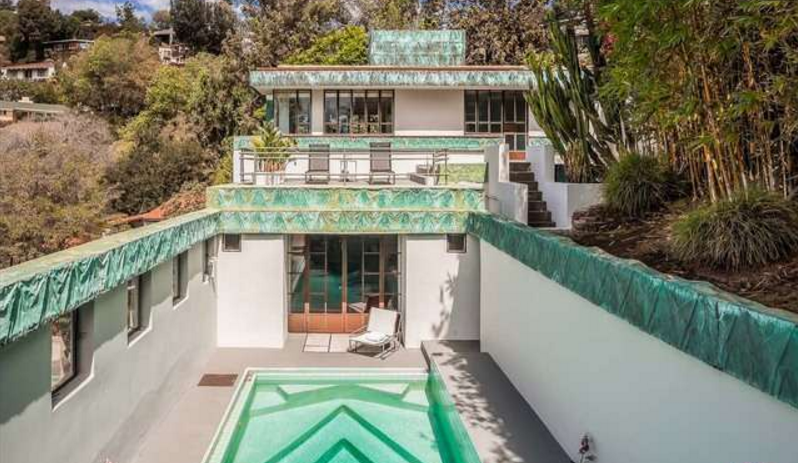 Lloyd Wright 39 S Samuel Novarro House In Los Feliz 2255 Verde Oak Drive The Hollywood Home